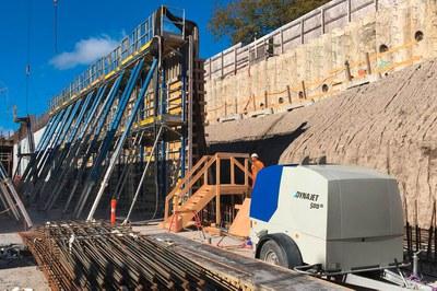Retirer le béton et les revêtements à haute pression pour la restauration de tunnels