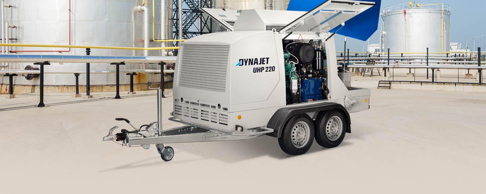 Avec DYNAJET, les installations industrielles sont nettoyées particulièrement rapidement et à haute pression